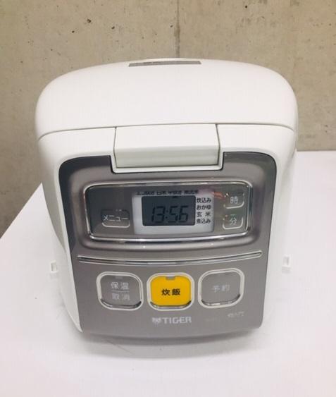 2018年製 タイガー 3合炊き 炊飯器 JAI-R551