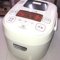 2017年 アイリスオーヤマ IHジャー炊飯器 YEC-H05E1