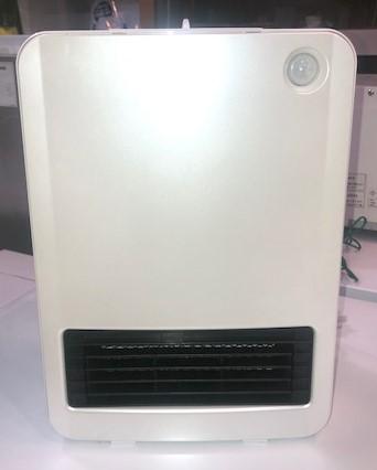 2018年製 アイリスオーヤマ セラミックヒーター PCH-125D-W